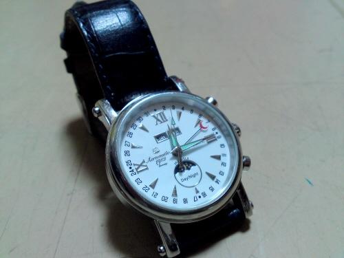 腕時計・・・